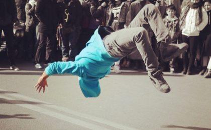 Breakdancer Backflip In Front Of Audience school of beatbox blog